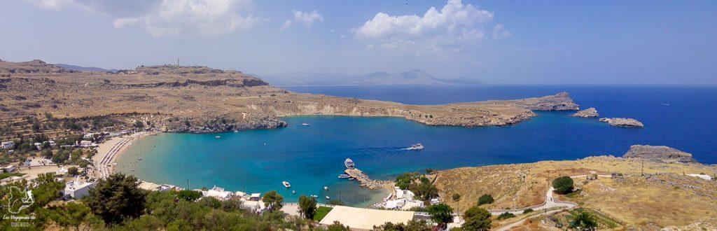 Plage sur île de Rhodes en Grèce dans mon article Rhodes en Grèce : Petit guide pour savoir que faire à Rhodes et visiter #rhodes #ilesderhodes #rhodesengrece #grece #ile #plage