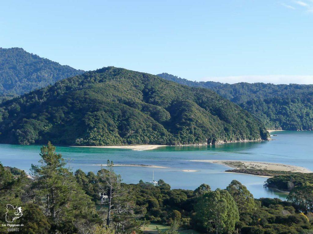 Randonnée à Abel Tasman dans mon article La randonnée en Nouvelle-Zélande: 5 randonnées à faire sur l'île du Sud en Nouvelle-Zélande (de 1 à 4 jours) #nouvellezelande #oceanie #randonnee #trek #voyage #trekking #nature #abeltasman #iledusud
