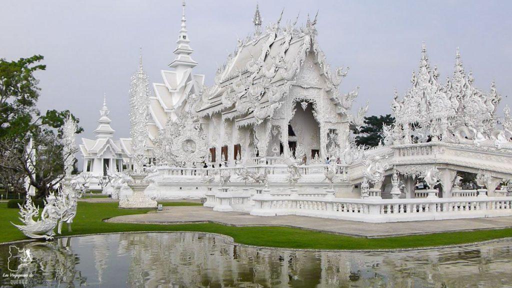 Temple blanc de Chiang Rai en Thaïlande dans notre article Où partir seule en tant que femme : 12 destinations pour un voyage en solo #voyage #femme #voyagersolo #thailande