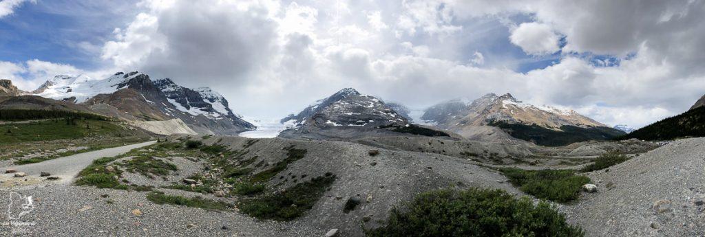 Le Glacier Athabasca dans le Parc national de Jasper dans les Rocheuses canadiennes dans notre article Rocheuses canadiennes : road trip de 3 jours entre Banff et Jasper #rocheuses #rocheusescanadiennes #ouestcanadien #canada #voyage #montagne #alberta #jasper