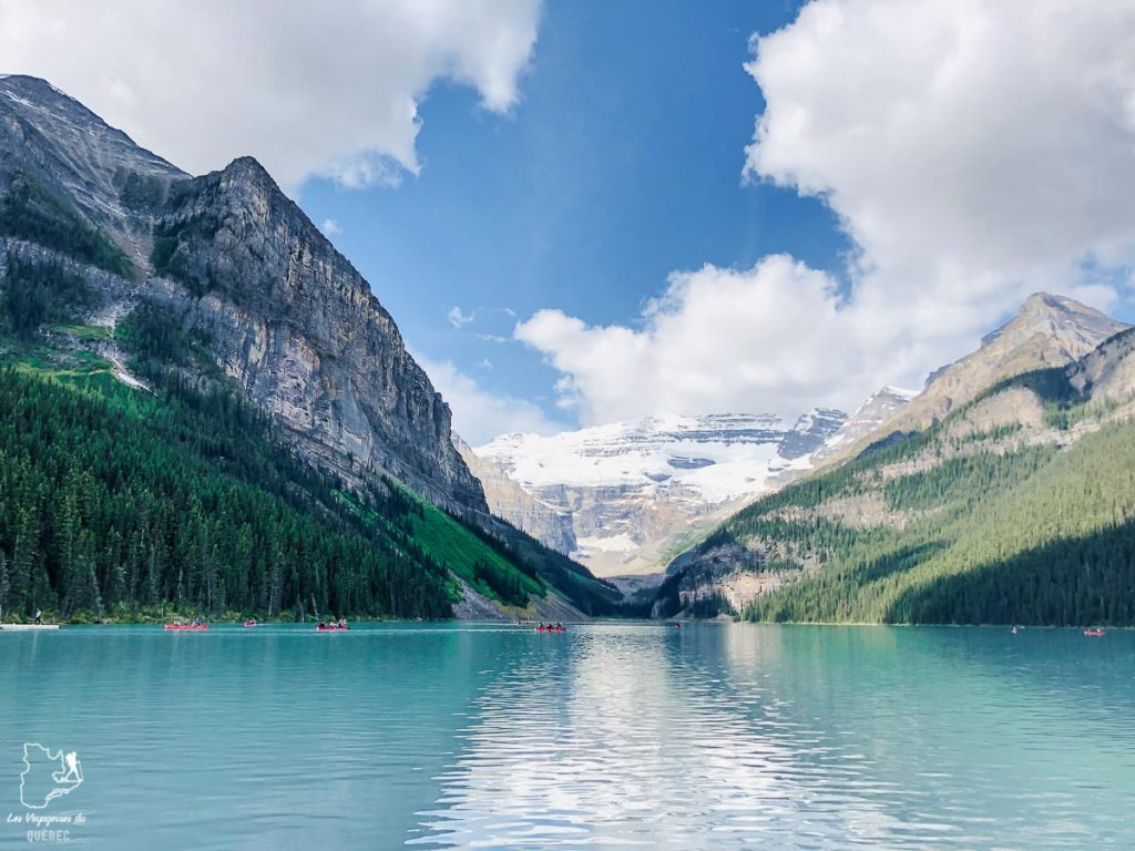 Le Lac Louise dans les Rocheuses canadiennes dans notre article Rocheuses canadiennes : road trip de 3 jours entre Banff et Jasper #rocheuses #rocheusescanadiennes #ouestcanadien #canada #voyage #montagne #alberta #banff