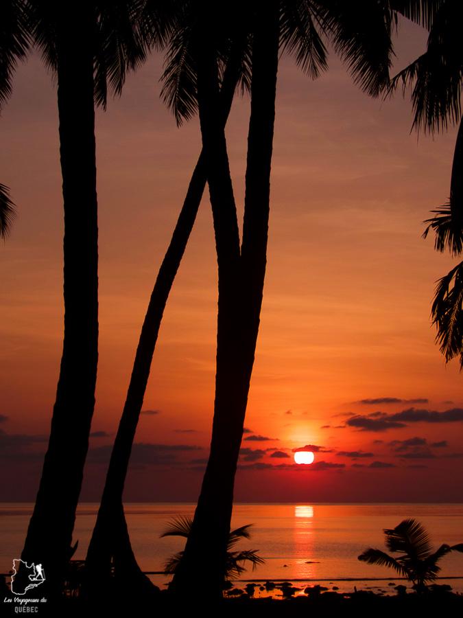 Lever de soleil sur l'île d'Havelock aux îles Andaman dans notre article Havelock aux îles Andaman en Inde : Évasion parfaite sur une île indienne #havelock #ile #andaman #paradis #inde #voyage