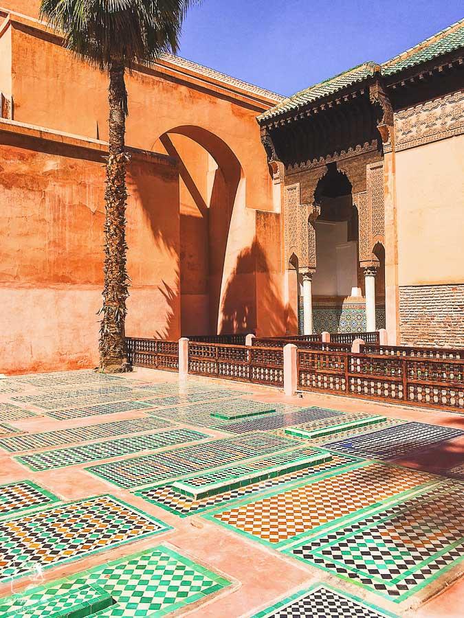Tombeaux Saadiens à Marrakech au Maroc dans notre article Itinéraire au Maroc : Que faire au Maroc et visiter en tant que femme #maroc #itineraire #voyageaufeminin #femme #voyage #Marrakech