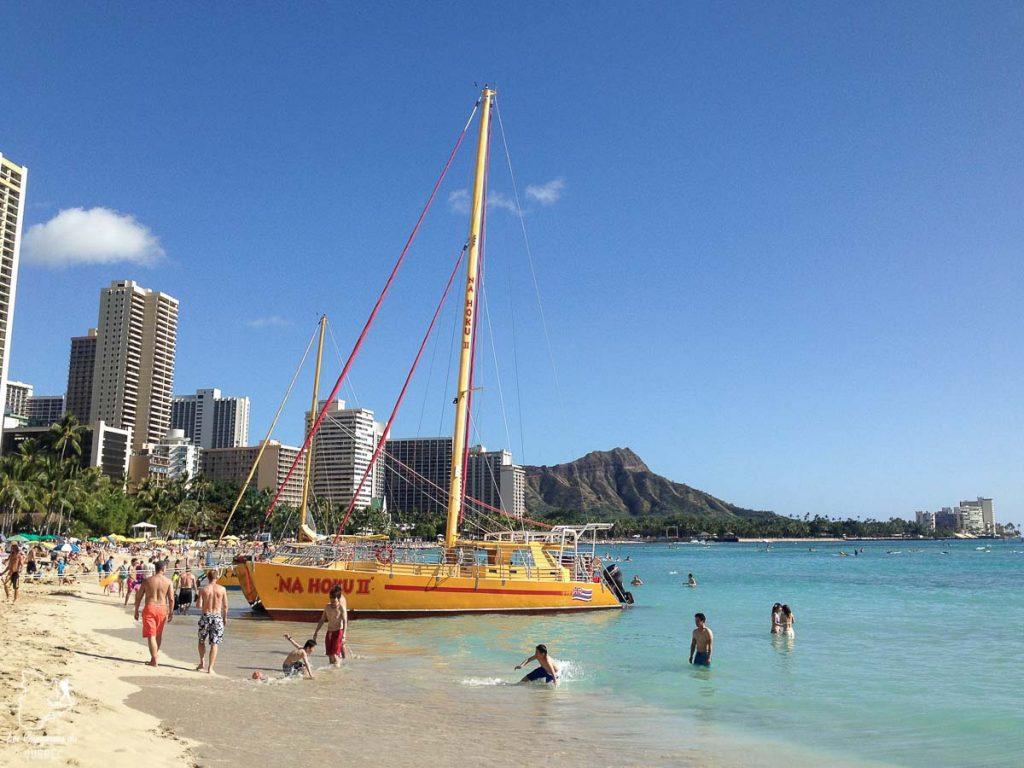 Waikiki sur l'île d'Oahu dans notre article L'île d'Oahu à Hawaii : Activités incontournables à faire lors d'un road trip #oahu #roadtrip #ile #hawaii #waikiki