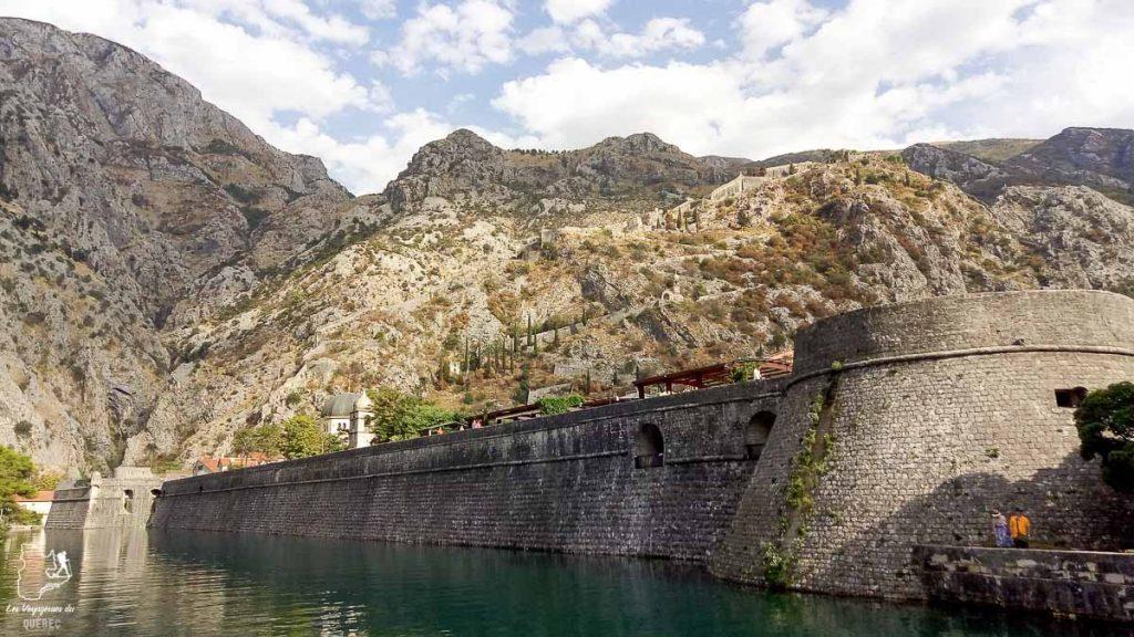Kotor au Monténégro dans notre article Visiter la Croatie : Où aller et que faire en Croatie entre Zadar à Dubrovnik #croatie #balkans #europe #voyage #montenegro