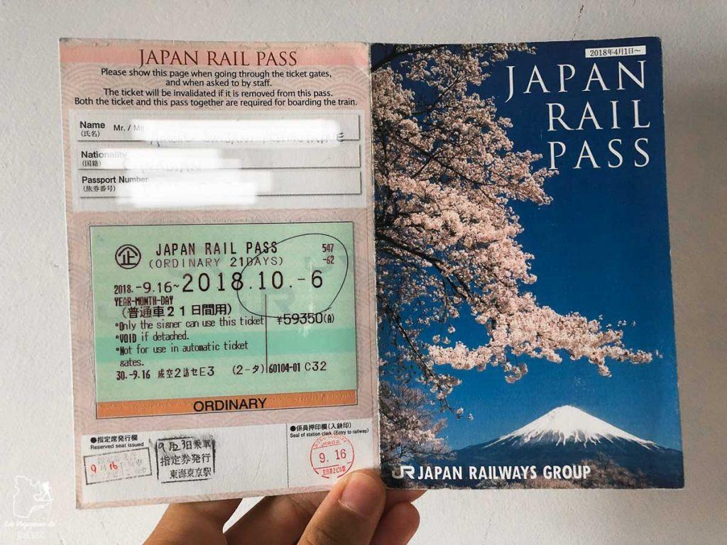 La Japan Rail Pass pour visiter le Japon en train dans notre article Visiter le Japon : Mes trucs et astuces pour un voyage au Japon réussi #japon #asie #voyage #train