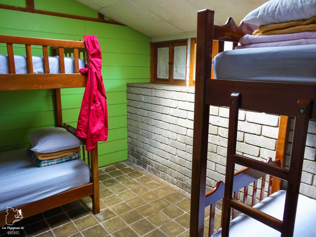 Le refuge Base Crestones au Cerro Chirripo au Costa Rica dans notre article Le Cerro Chirripo au Costa Rica : Mon ascension du Mont Chirripo #costarica #ameriquecentrale #voyage #volcan #randonnee #chirripo