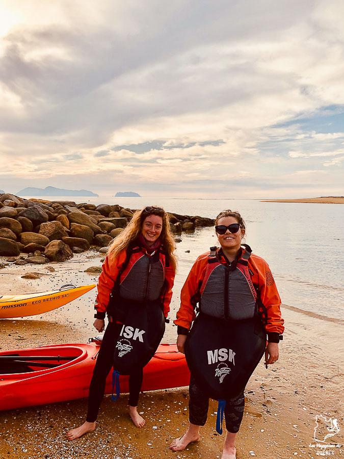 Faire du kayak à Abel Tasman, dans les choses à faire en Nouvelle-Zélande dans notre article 5 incontournables de la Nouvelle-Zélande : Choses à faire au pays des kiwis #nouvellezelande #oceanie #voyage #incontournables #coupsdecoeur #abeltasman