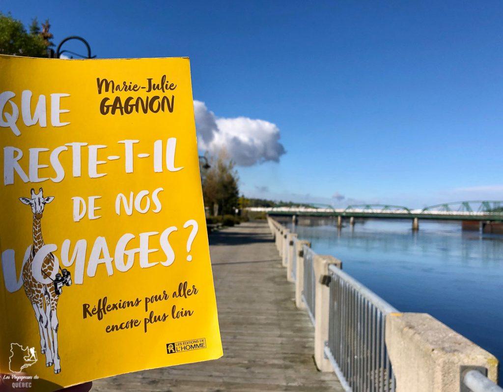 Le livre de voyage Que reste-t-il de nos voyages dans notre article 7 récits de voyage et livres de femmes inspirantes du Québec et d'ailleurs #livre #recitdevoyage #voyage #voyageuse #litterature #femme