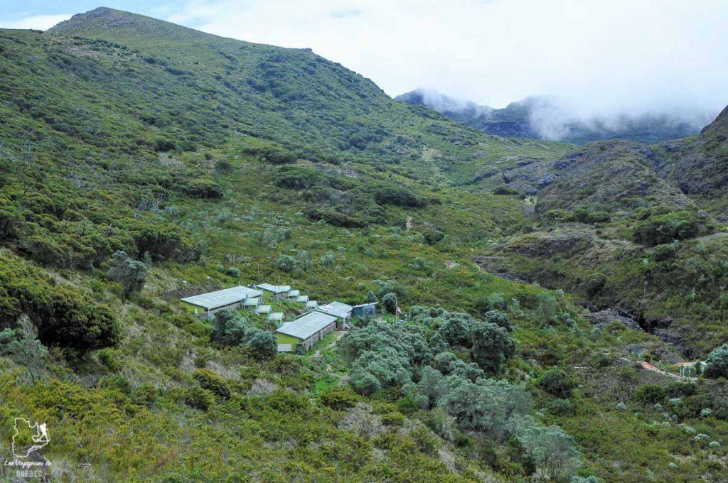Refuge Base Crestones au Cerro Chirripo au Costa Rica dans notre article Le Cerro Chirripo au Costa Rica : Mon ascension du Mont Chirripo #costarica #ameriquecentrale #voyage #volcan #randonnee #chirripo