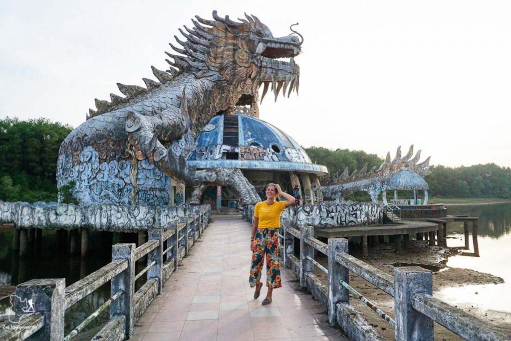 Parc aquatique abandonné au Vietnam dans notre article Personnalité introvertie : Apprendre à voyager seule en étant introvertie #introvertie #voyage #voyagerensolo #voyagerseule #voyageensolo