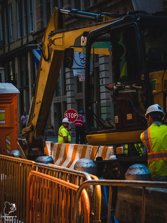 Travaux dans un quartier de Manhattan à New-York dans notre article Manhattan à New York : exploration urbaine des quartiers de Manhattan #newyork #ville #usa #manhattan #etatsunis #amerique #citytrip
