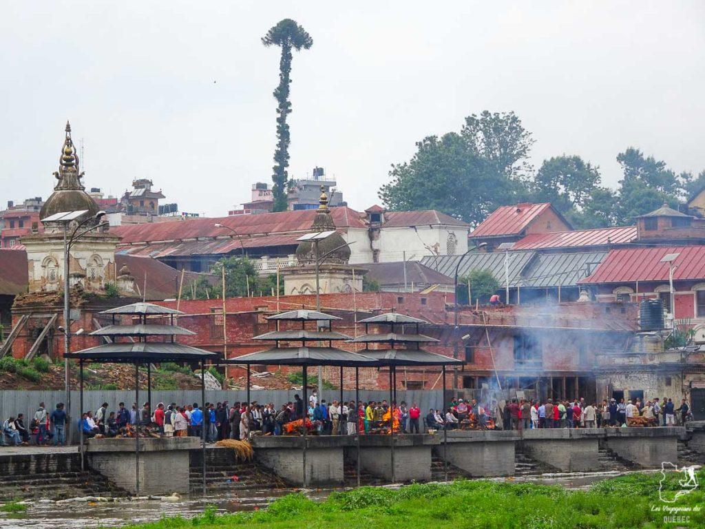 Temple Pashupatinah, un incontournable à Katmandou à visiter dans notre article Que faire à Katmandou au Népal : Mes incontournables à visiter #katmandou #nepal #asie #incontournables