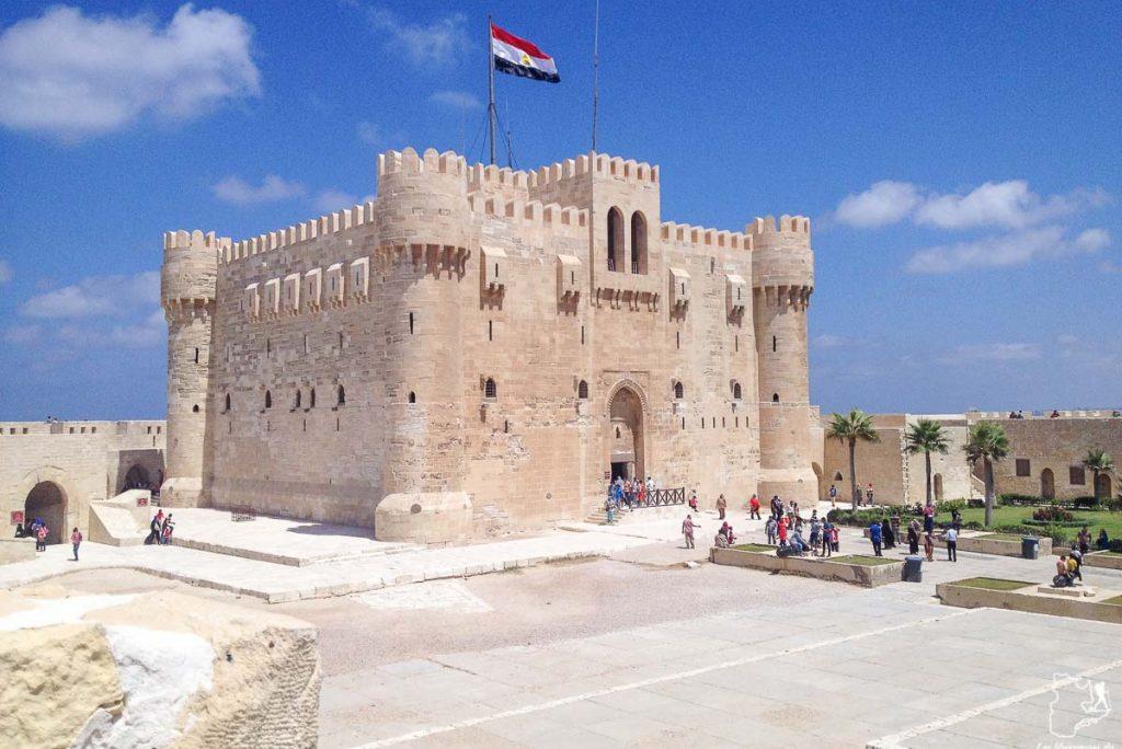 Fort Qaitbey à Alexandrie en Égypte dans notre article Le Nil en Égypte : L'itinéraire de mon voyage sur le Nil en train #egypte #nil #afrique #train #voyage #alexandrie