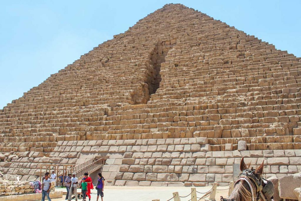 Pyramide de Mykerinos en Égypte dans notre article Le Nil en Égypte : L'itinéraire de mon voyage sur le Nil en train #egypte #nil #afrique #train #voyage #pyramide