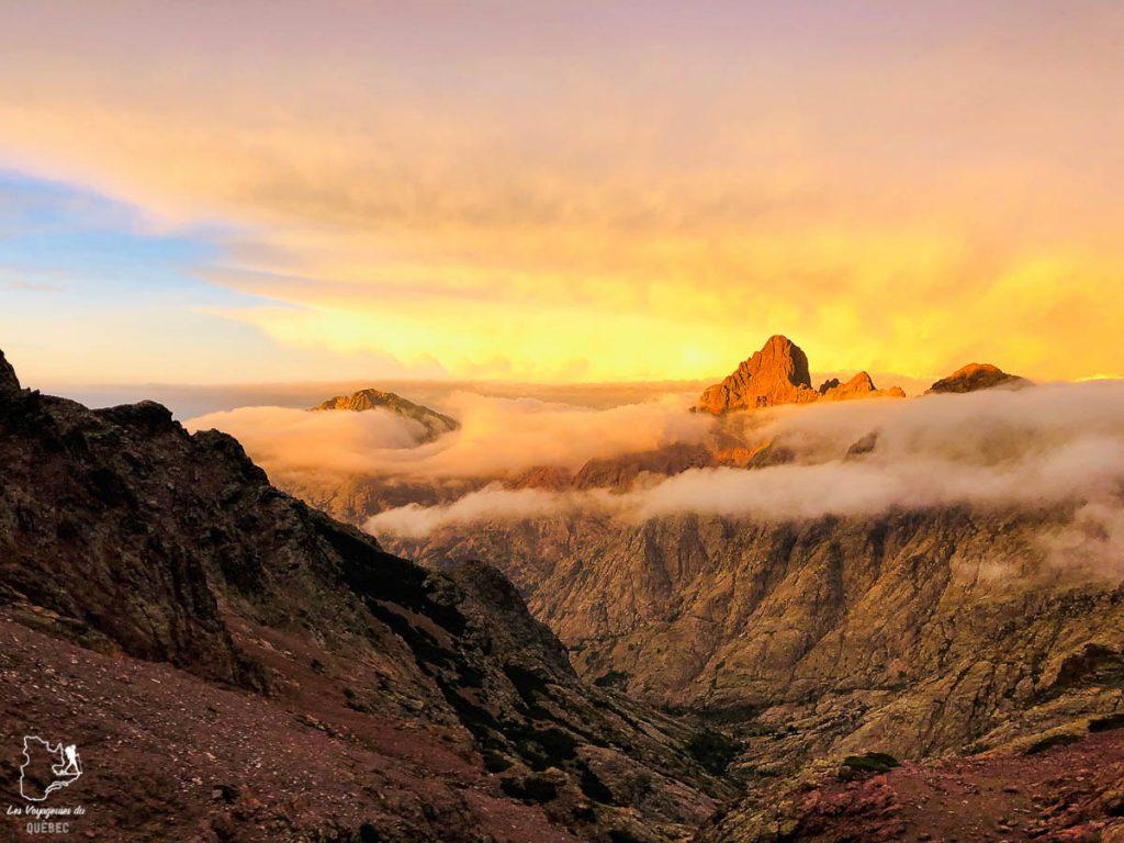 Randonnée sur le Monte Cinto sur le GR20 en Corse dans notre article Faire le Gr20 en Corse : Tout savoir sur cette longue randonnée en Corse #corse #GR20 #France #voyage #trek #randonnee