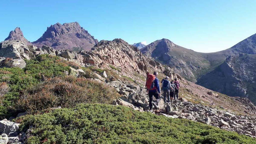 Crêtes du Capu di Guagnerola, parcours technique du GR20 en Corse dans notre article Faire le Gr20 en Corse : Tout savoir sur cette longue randonnée en Corse #corse #GR20 #France #voyage #trek #randonnee