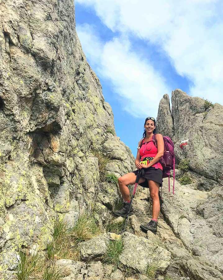 Prête à faire la randonnée du Gr20 en Corse dans notre article Faire le Gr20 en Corse : Tout savoir sur cette longue randonnée en Corse #corse #GR20 #France #voyage #trek #randonnee