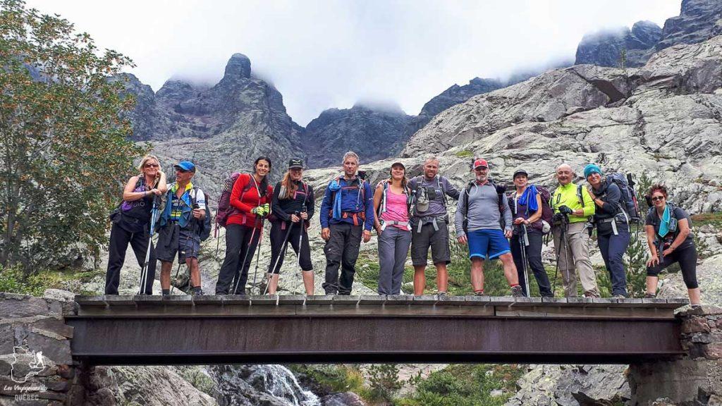Participants de la randonnée du GR20 en Corse dans notre article Faire le Gr20 en Corse : Tout savoir sur cette longue randonnée en Corse #corse #GR20 #France #voyage #trek #randonnee