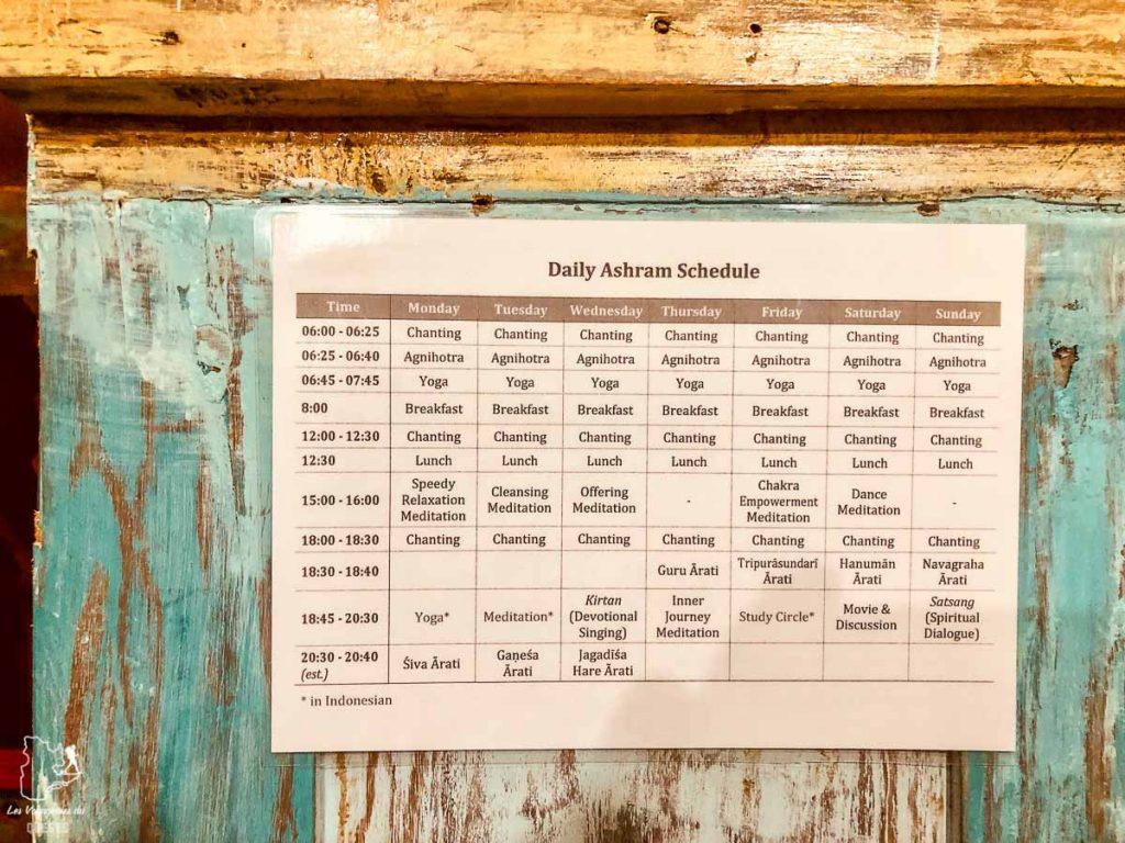 Horaire du Ashram à Bali dans notre article 7 jours dans un Ashram à Bali : Ma retraite de yoga et de méditation à Bali #bali #ashram #indonesie #retraite #yoga #meditation