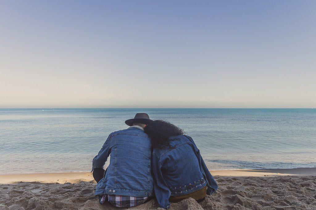 Partir dans un voyage au long cours en couple dans notre article Voyage au long cours : Tout ce que j'aurais aimé savoir avant de partir un an #voyage #voyageaulongcours #partirunan #tourdumonde #longvoyage