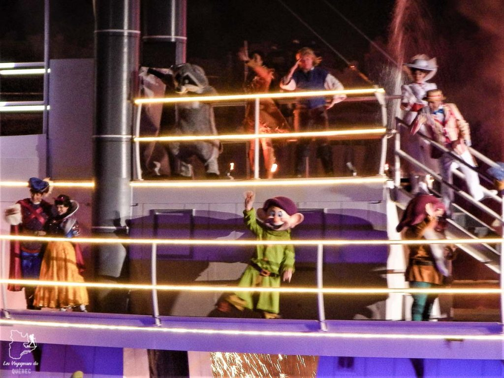 Fantasmic, à voir à Disney's Hollywood Studios à Walt Disney World à Orlando dans notre article Walt Disney World en Floride : Le meilleur de ce parc d'attractions en Floride #waltdisney #waltdisneyworld #floride #disney #parcattraction #orlando