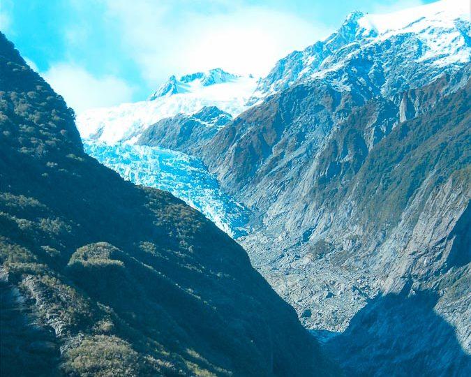 La fonte du Glacier Franz-Joseph en Nouvelle-Zélande dans notre article Mon tour du monde d'un an à 50 ans : le voyage d'une vie #tdm #tourdumonde #voyage #voyageunan #senior