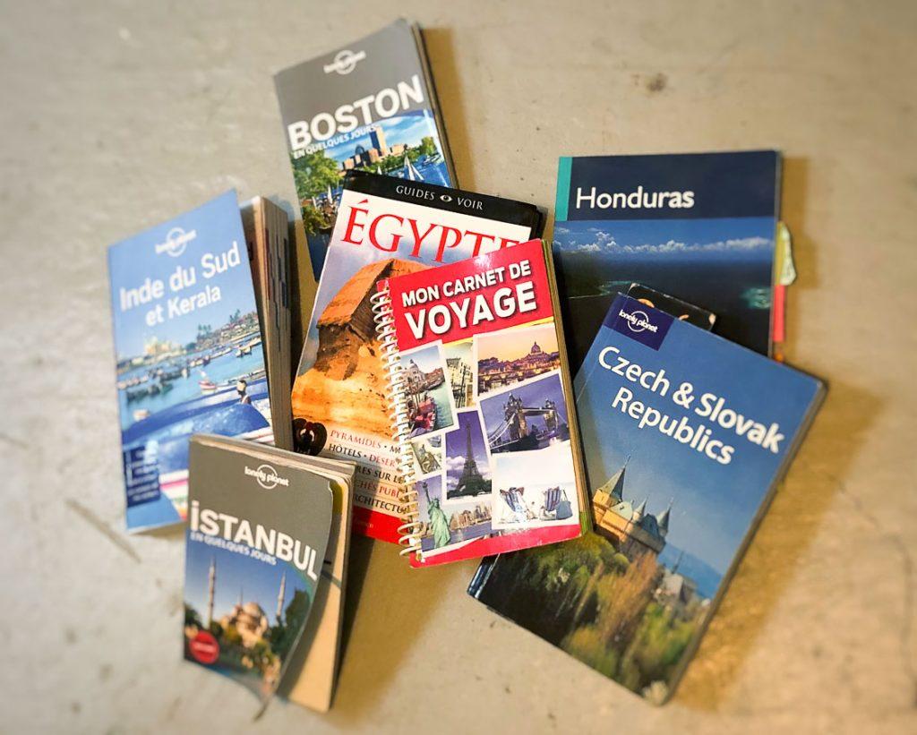 L'application voyage Lonely Planet qui remplace les guides papier dans notre article Applications voyage : 18 applications utiles pour l'organisation de son voyage #organisationvoyage #applications #voyage #astuces