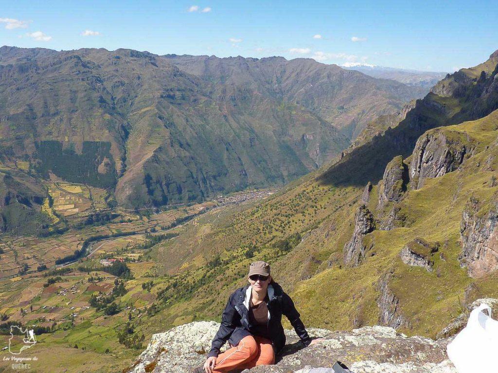 En randonnée dans les hautes montagnes du Pérou dans notre article Comment se préparer à la haute altitude pour éviter le mal des montagnes #montagne #hautealtitude #hautemontagne #maldesmontagnes #malaigudesmontagnes #randonnee #hautealtitude