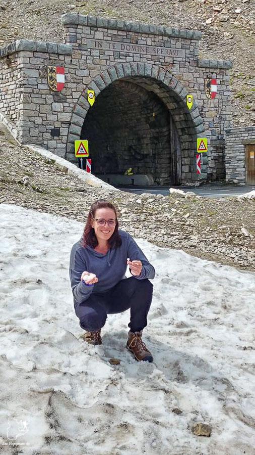 Hautes montagnes sur la route du Grossglockner dans les Alpes autrichiennes dans notre article Voyage dans les Alpes autrichiennes en été, ces belles montagnes d'Autriche #alpes #autriche #alpesautrichiennes #montagnes #voyage #europe