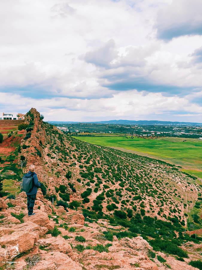 Randonnée montagnes de Monchar en Tunisie dans notre article Visiter la Tunisie : Comment faire un voyage en Tunisie autrement #tunisie #afrique #voyage #hammamet