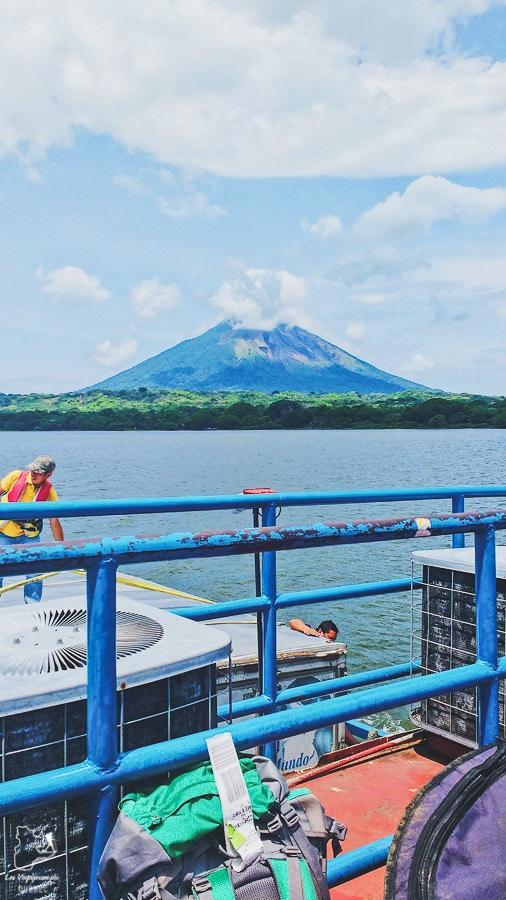 Traversée vers l'île d'Ometepe au Nicaragua dans notre article Ometepe au Nicaragua : Une semaine sur cette île volcanique #ometepe #ileometepe #nicaragua #ameriquecentrale #voyage