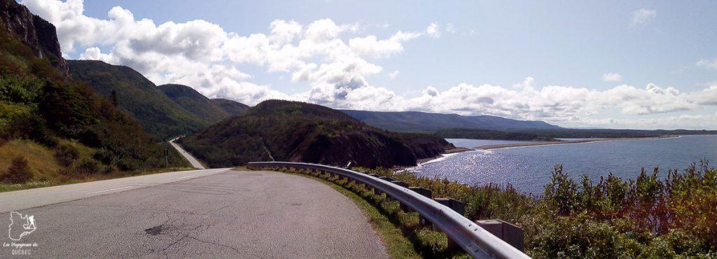 La populaire Cabot Trail dans quoi faire en Nouvelle-Écosse dans notre article Voyage au Nouveau-Brunswick et en Nouvelle-Écosse en mode backpack #nouveaubrunswick #nouvelleecosse #voyage #canada #backpack
