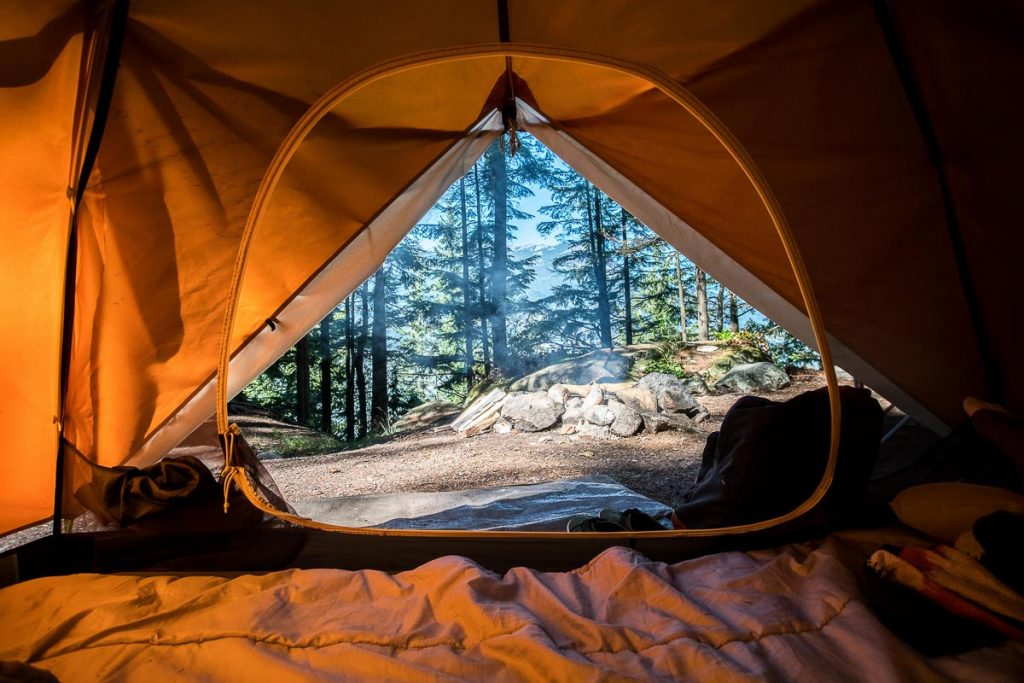 Choix du matériel pour faire du camping sauvage dans notre article Faire du camping sauvage: Trucs et astuces pour du camping sauvage de luxe réussi #camping #campingsauvage #quebec