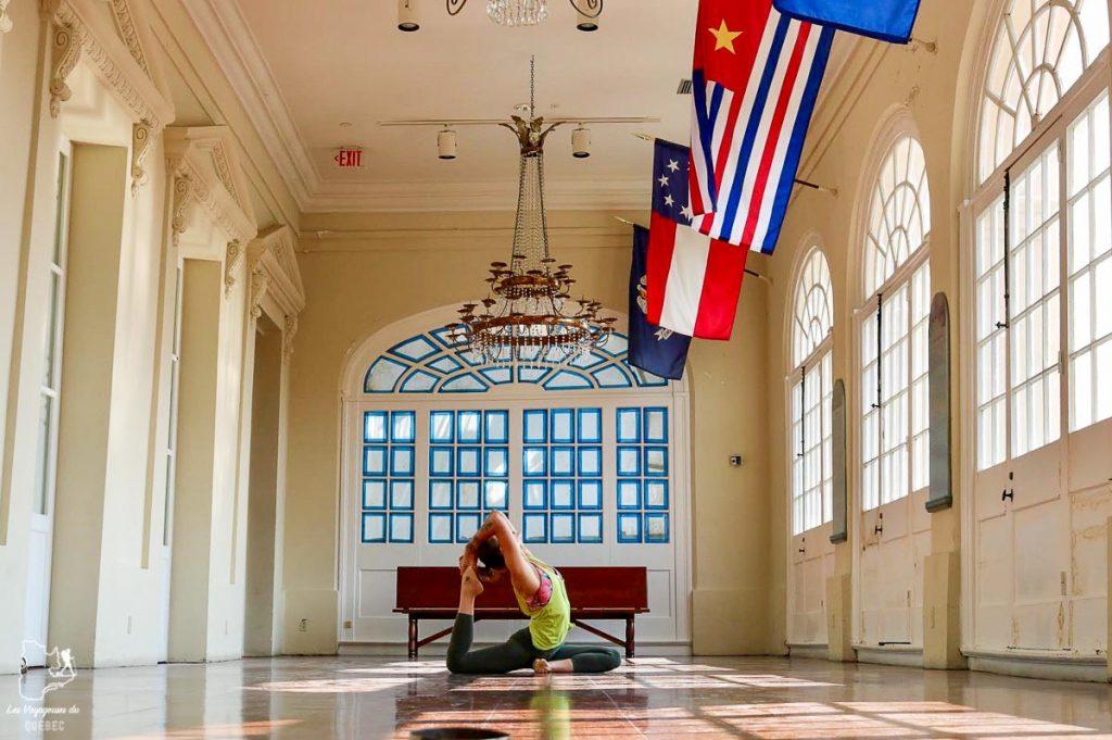 Yoga au Cabildo dans notre article 5 incontournables de la Nouvelle-Orléans à visiter en 3 jours #nouvelleorleans #louisiane #usa #etatsunis #voyage #amerique