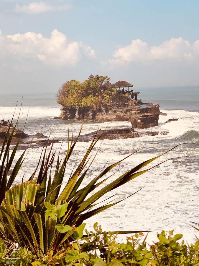 Temple Tanah Lot à visiter près de Canggu à Bali dans notre article Voyage à Bali : 1 mois à visiter Bali en Indonésie entre découvertes et farniente #bali #indonesie #asie #voyage #ile