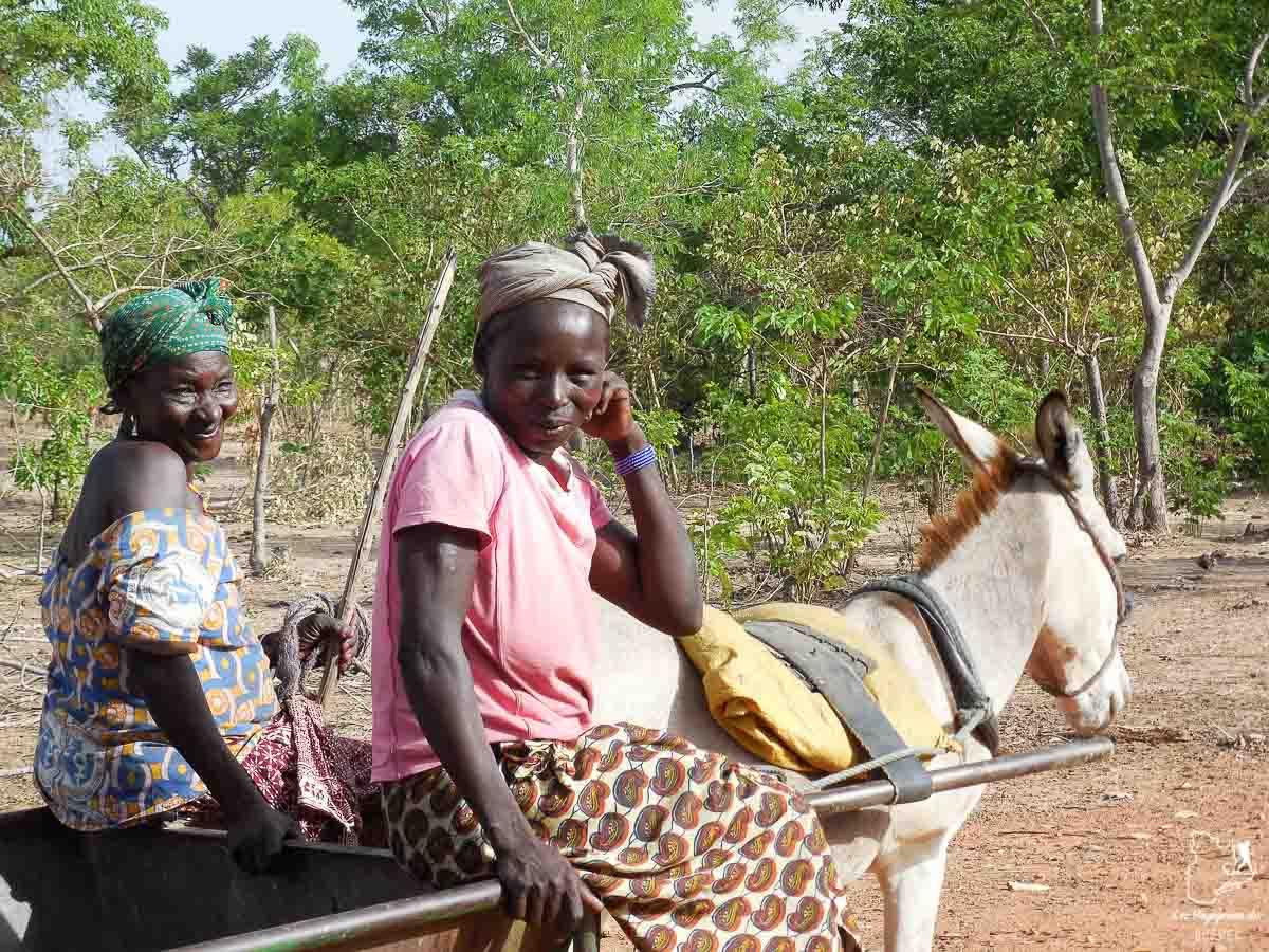Vie locale au Burkina Faso dans notre article Mon voyage au Burkina Faso : Que faire et visiter en 10 incontournables #burkinafaso #afrique #voyage