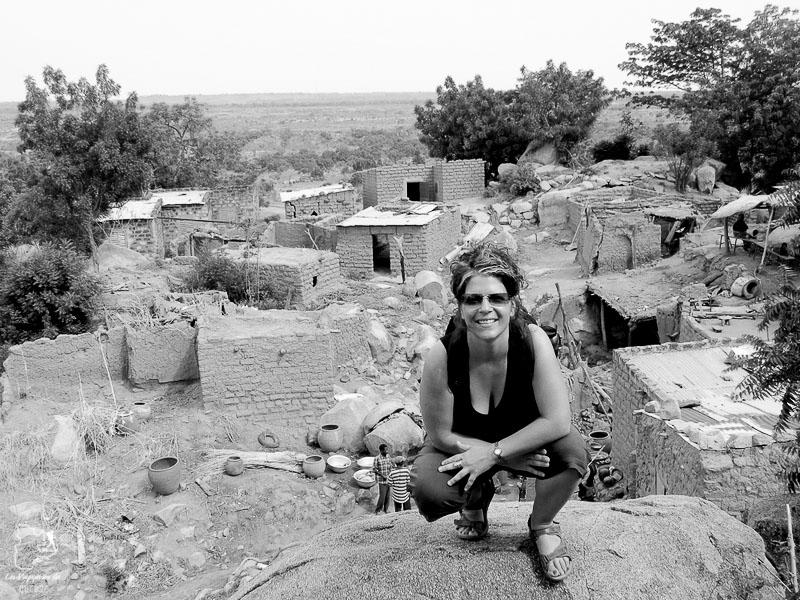 Village perché de Koro dans notre article Mon voyage au Burkina Faso : Que faire et visiter en 10 incontournables #burkinafaso #afrique #voyage