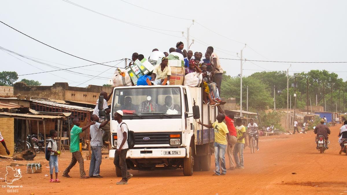 La vie locale au Burkina Faso dans notre article Mon voyage au Burkina Faso : Que faire et visiter en 10 incontournables #burkinafaso #afrique #voyage
